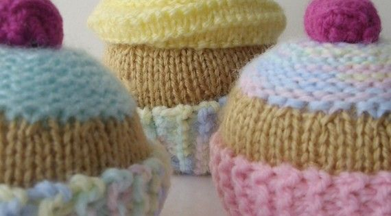 Different Types Of Knitting Patterns : KNITTING PATTERN for Three Tarts USD Knitting/Crocheting Projects Pinterest...