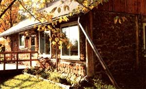 Design And Build Your Own House Mother Earth News Build Your Own House Build My Own House Cordwood Homes