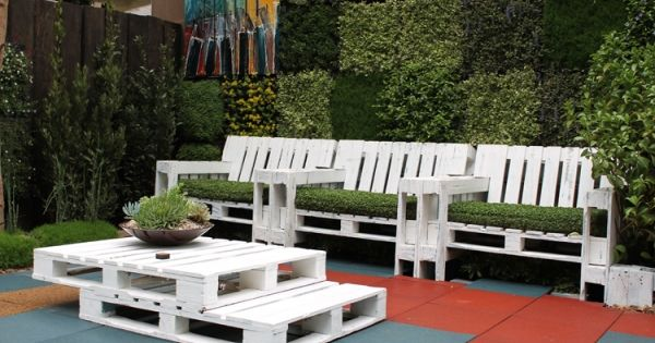 paletten m bel selber machen wei bepflanzt reuse palles pinterest paller terrasse og tr. Black Bedroom Furniture Sets. Home Design Ideas
