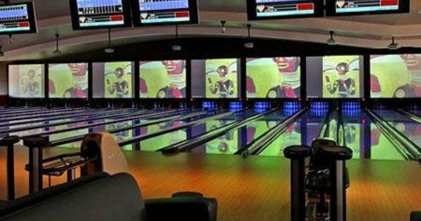 Jillian S And Lucky Strike Lanes Boston Ma Kid Friendly Activity Reviews Trekaroo A Best Family Vacation Destinations Private Event Space Boston Hotels