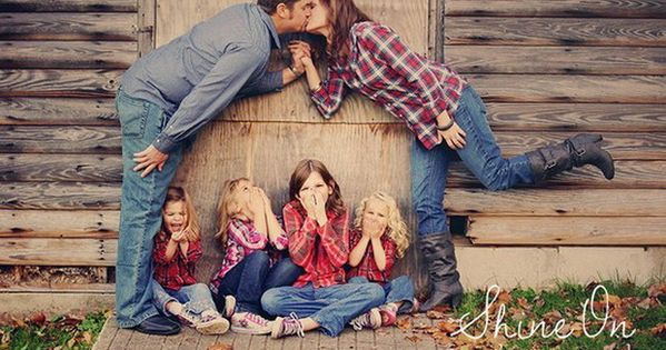unique family pic ideas | 15 Unique Family Photo Ideas | iVillage.ca