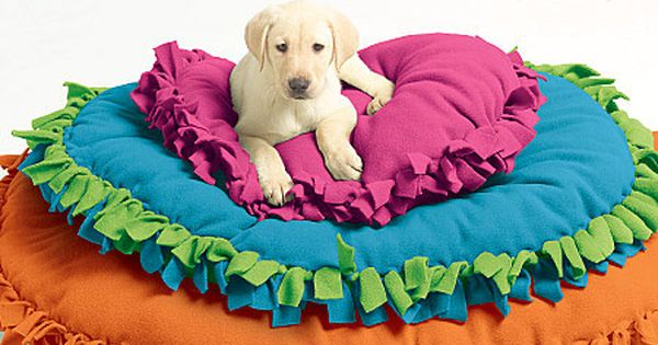 DIY: No sew dog bed or a floor pillow for kids' reading