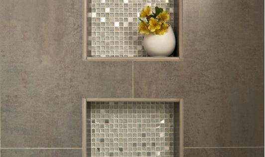 dusche nische fliesen anthrazit mit mosaik metallic effekt. Black Bedroom Furniture Sets. Home Design Ideas