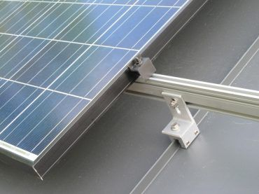 Clamp On Brackets Make Installation Easy And Puncture Free On Standing Seam Steel Roofs Solar Panels Solar Panel Installation Solar Roof