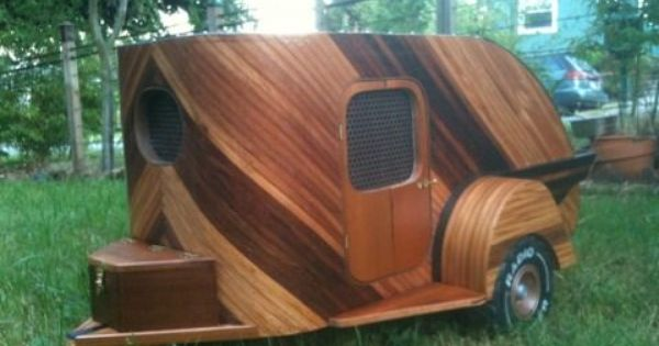 I Love This Beautiful Wood Made By Company In Seattle On Craigslist Image 3 Pet Enclosure Dog Kennel Dog Houses