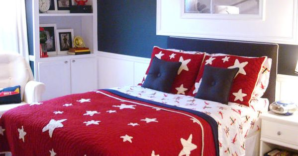Red, white and blue bedroom- I love the navy blue wall! Matches