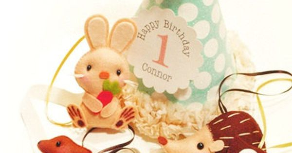 Set of 4 WOODLAND WONDER Custom Party Favors, Party Topper