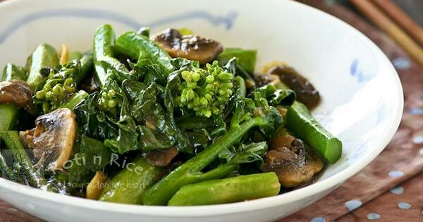 to a tender crisp Stir Fry Gai Lan (Chinese Broccoli) - Roti n Rice ...