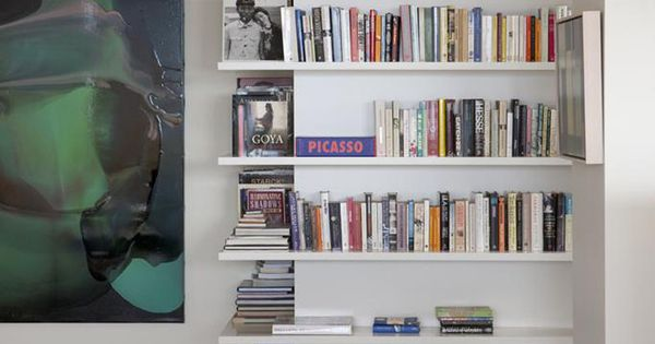 Shelving design idea shelves that wrap around corners for Wrap around desk plans
