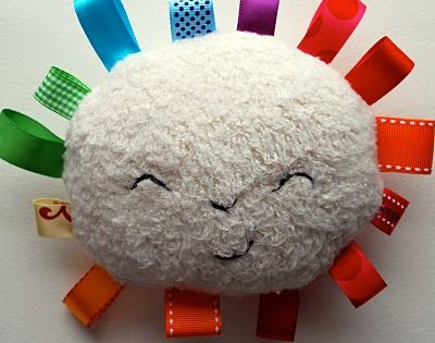 How cute is this? Rainbow Sunshine Plushy - Baby Toy DIY