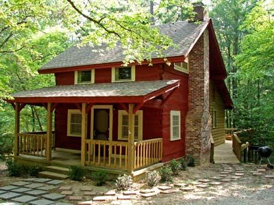 This Small Rustic Cabin In Arkansas Is Available To Rent