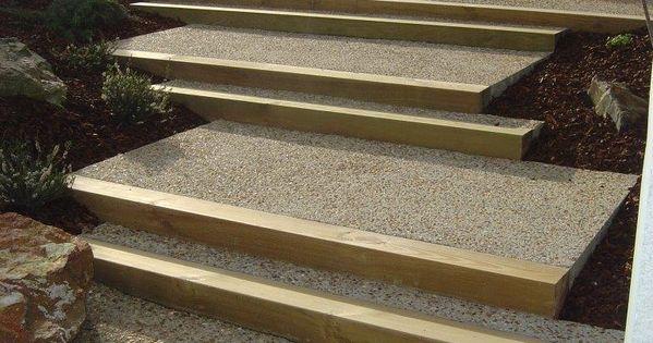 Escalier en b ton d sactiv et traverse bois escaliers pinterest traverse bois beton - Dalle d emmarchement ...