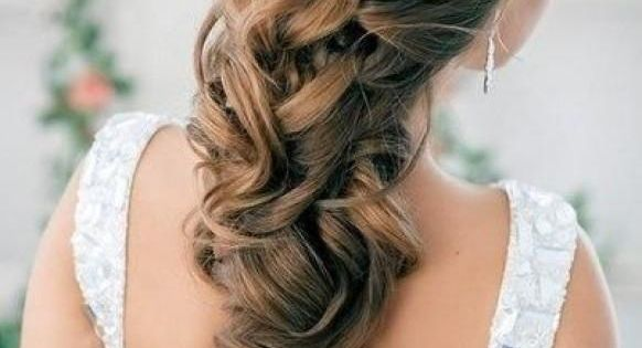 Weddbook ♥ Half Up Half Down Curly Wedding Hairstyles With