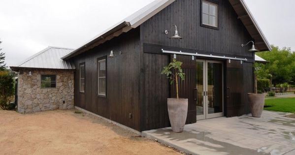 Classic Gooseneck Barn Lights For Boutique California