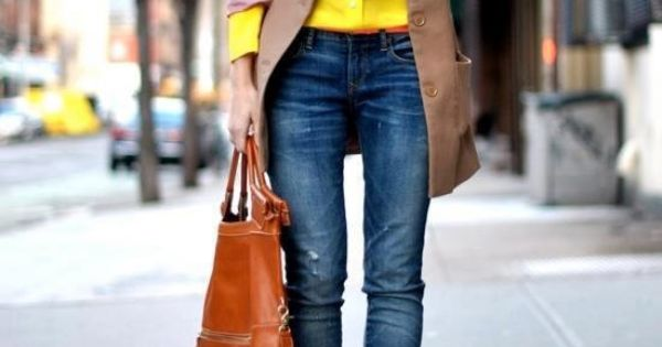 Camel Yellow Hermoso Con Blue Jeans Fashion Fades Style Remains Pinterest Jeans