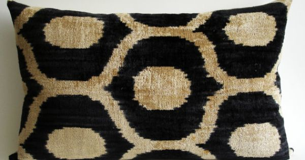 Handmade Ikat Throw Pillows : Sukan / SALE, Decorative Pillow,Throw Pillow Cover, Handmade Silk Velvet Ikat Pillow Cover ...