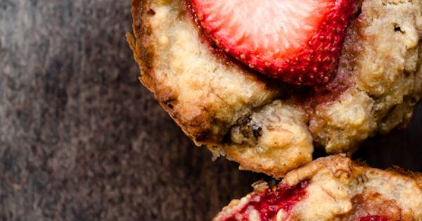strawberry banana quinoa muffins pretty!