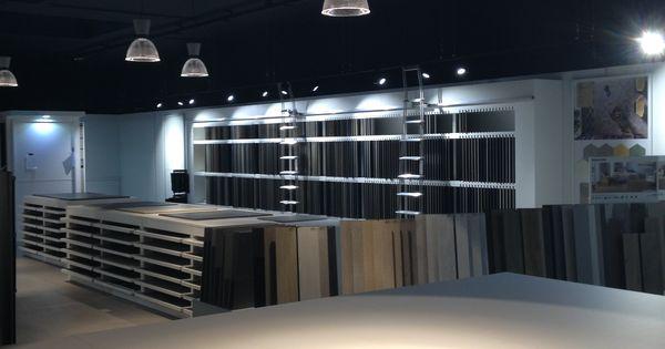 Display 10m long tiles showroom furniture strasbourg for Showroom carrelage paris
