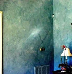 Interesting Shade Of Blue With Faux Finish Wall Painting