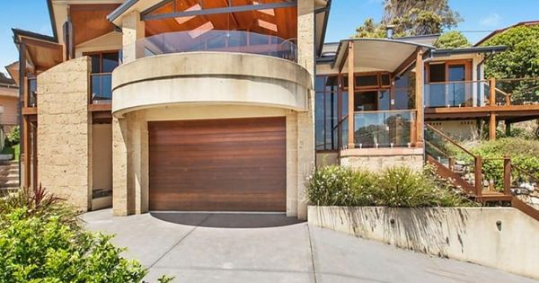 5 austral avenue avoca beach nsw 2251 houses upward for Beach house designs nsw