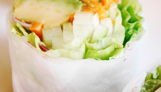 15 Vegan Lunches You Can Take To Work - Vegan Spring Rolls
