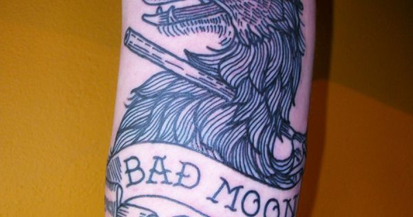 Bad Moon Wolf Tattoo by tattoo patterns tattoo design tattoo| http://tattoopatterns888.blogspot.com