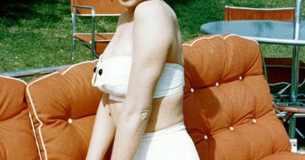Marilyn Monroe (Photo by Michael Ochs Archives/Getty Images) marilynmonroe monroe swimsuit white
