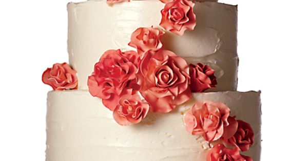 Wedding cake: Nine Cakes; Cake stand: Pottery Barn.