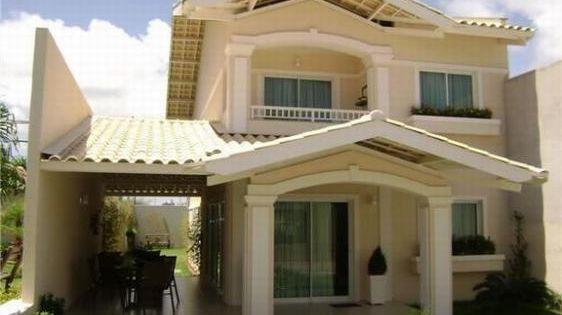 Fachadas de casas bonitas con balcon fachadas de balcones for Fachadas de casas con terraza