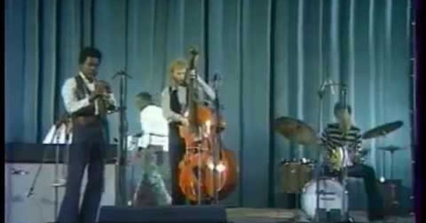 Miles Davis Paris Salle Pleyel 1969 Miles Davis Blues Music Music Lovers