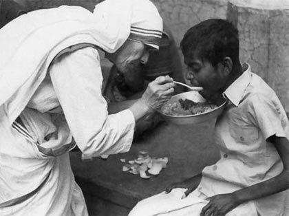 Biografia De Madre Teresa De Calcuta Com Imagens Madre Teresa