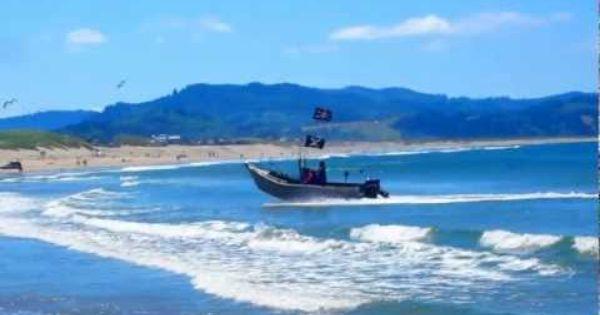Dory landing at cape kiwanda pacific city oregon for Dory fishing fleet