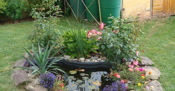 Un petit bassin pr form en plastique r ussir terrasses et eaux - Bassin d ornement preforme besancon ...