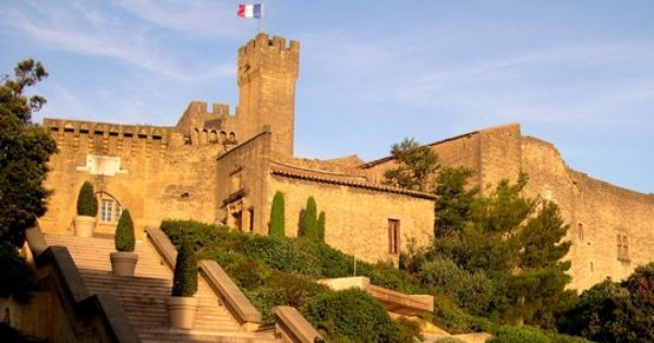 Chateau De L Emperi Salon De Provence France Had A Lot Of