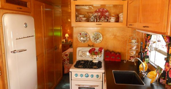 Woonwagen interieur, Caravans and Coole caravans on Pinterest