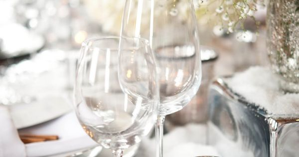 decorating ideas winter weddings sparkle with elegance