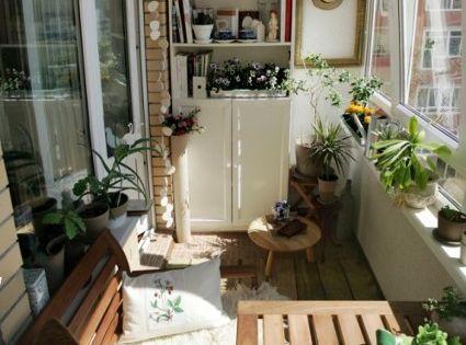 Decoraci n de balcones sillones comodos balcones y for Sillones de balcon