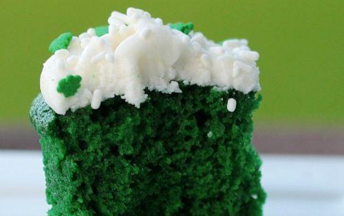 Green velvet cupcake - st patty day