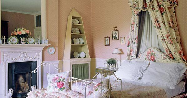 Classic chintz in english bedroom penny morrison design bed rooms pinterest decoraciones - Pinterest decoracion hogar ...