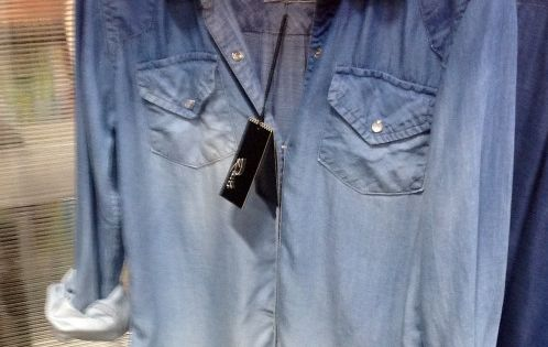 ombre denim. pair with black leggings and boots. love the way the