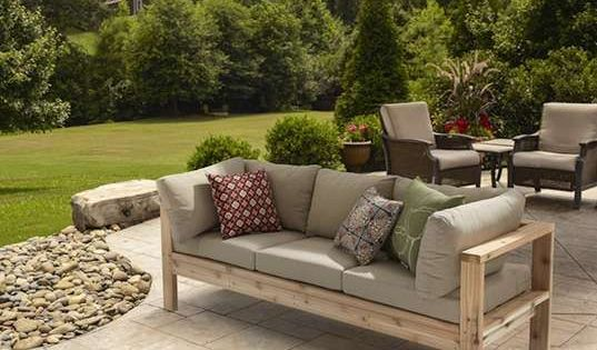 10 diy patio furniture ideas that are simple and cheap mobilier terrasse patios et meubles. Black Bedroom Furniture Sets. Home Design Ideas
