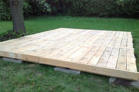 Deck From Pallets Everything Was Saved Pallets Lumber And Even Nails This Cost Me Literally 0 9 Pallets 1 Or 2 More To Pallet Decking Diy Deck Backyard