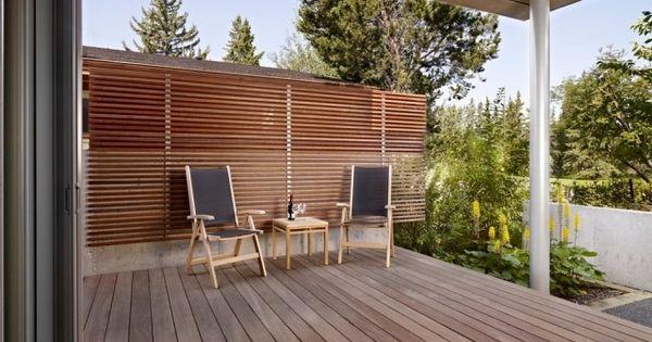 sichtschutz terrasse holz latten wand terrasse garten pinterest w nde deko und design. Black Bedroom Furniture Sets. Home Design Ideas