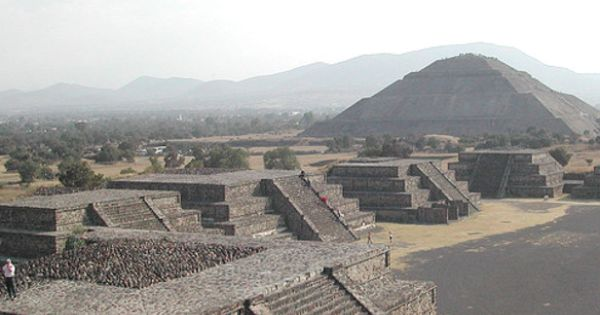 From Mexico City Guadalupe Shrine And Teotihuacan Pyramids Teotihuacan Pyramid Teotihuacan Pyramids