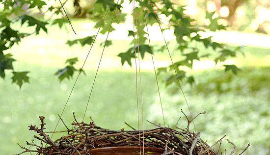 Bird Bath or Bird Feeder: just use a shallow ceramic bowl, grapevine