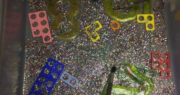 Glitter Jelly Numbers And Numicon In The Water Tray