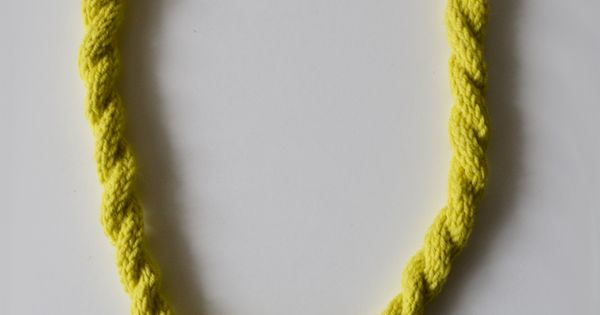Ella Leoncio - knitted necklace