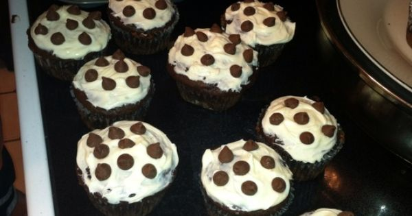 Cream filled cupcakes, Filled cupcakes and Cupcake on Pinterest