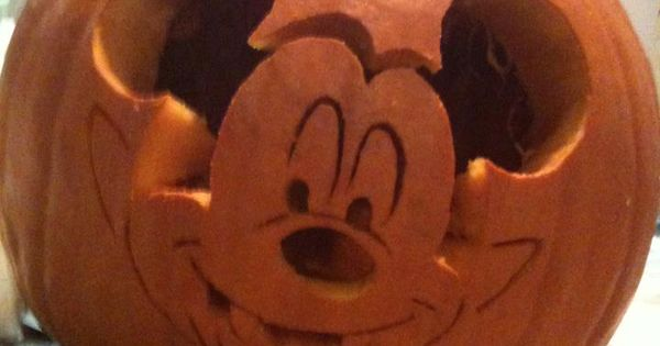Vampire mickey mouse carved pumpkin by flourpower89 for Mickey mouse vampire pumpkin template