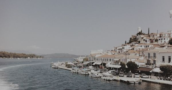 hydra winter holidays travel